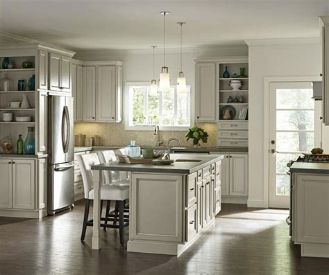 homecrest cabinets vs kraftmaid cabinets mesmerizing homecrest cabinets for home decora