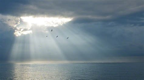 sun  clouds   ocean