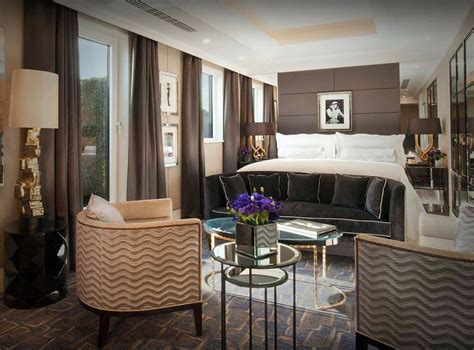 revealed  top  suites   world including