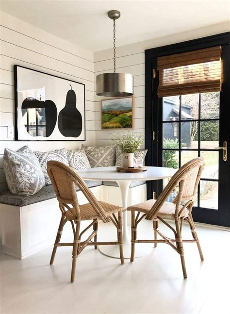 Make your dining room extra special with these wall decorating ideas by top interior designers. BANQUETTES: Everyones' Favorite Place to Gather in 2020 (With images) | Home decor, Dining room ...