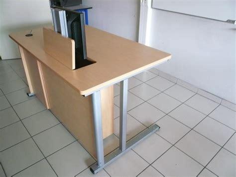 ecran de bureau meubles pour écran motorisé encastré fabricant de