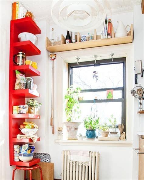 cuisine perspective l étagère ikea lack avec 6 casiers les p 39 mots