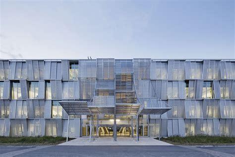 curtain shop dominique perrault architecture nouvelle halle de
