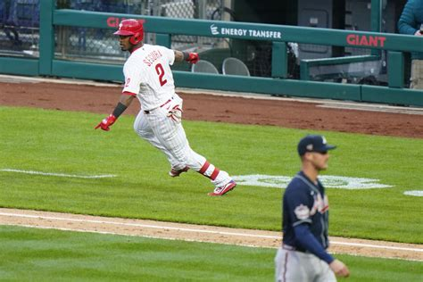 Segura's RBI single gives Phillies 3-2 win over Braves in ...