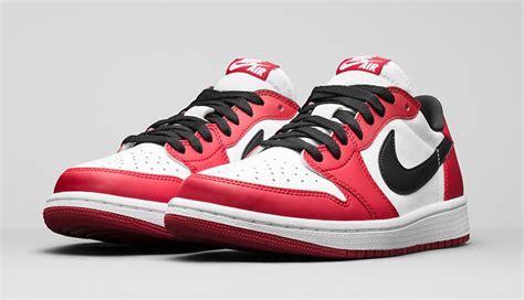 Air Jordan 1 Low Og Chicago •