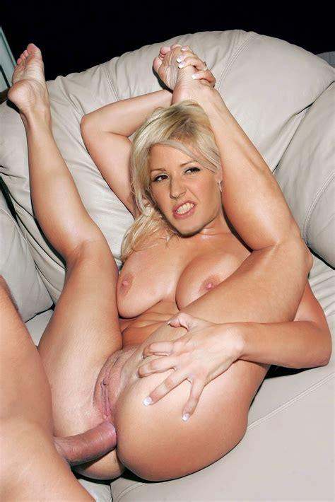 Ellie Goulding Fake Nude Celebrity Porn Photo