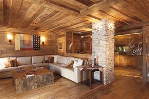 Rustic wood interiors charming distressed wood decor for Interior design ideas rustic look