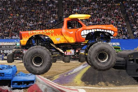 El Toro Loco Monster Truck