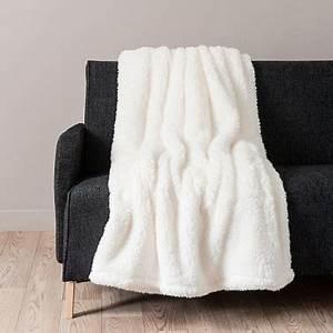 Plaid Tout Doux : plaid maisons du monde et autres douceurs pour l hiver ~ Teatrodelosmanantiales.com Idées de Décoration