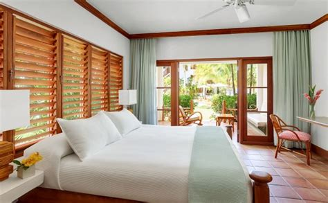 accommodations  couples swept  resort