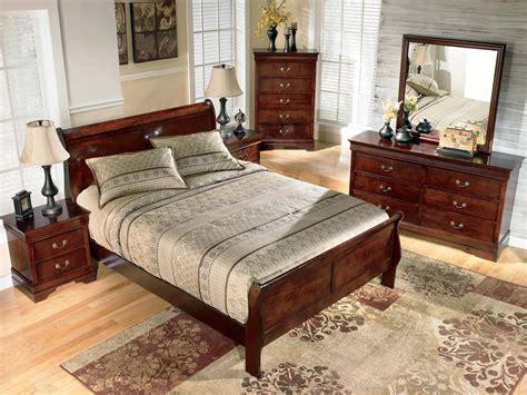 signature design by ashley alisdair queen sleigh bed