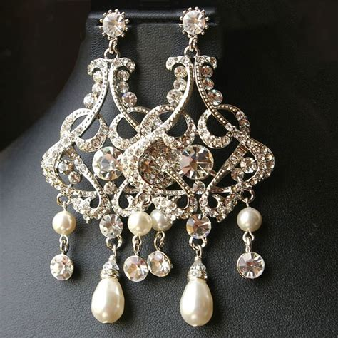 Chandelier Earrings Wedding by 25 Best Ideas About Bridal Chandelier Earrings On