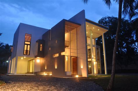 Imposing Modern Architecture in Sri Lanka: Chamila