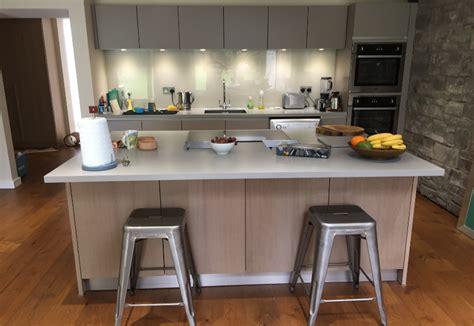 knotty oak kitchen affordable german kitchen range