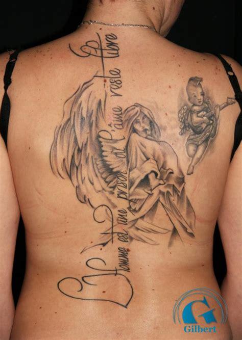 tatouage de tatouage femme graphicaderme
