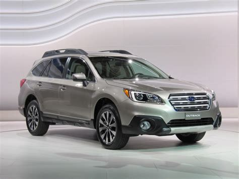 subaru automatic 2015 subaru outback gets a price hike now starts at 25 745