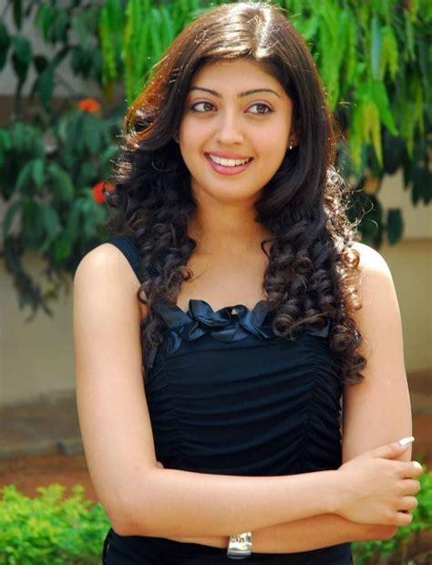 Telugu Actress Pranitha Hot Pics ~ Masala Actress