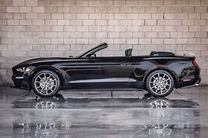 Rent a Ford Mustang Convertible in Los Angeles | California Rent A Car