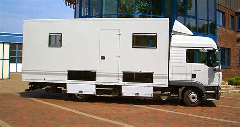 lkw 7 5 tonnen gebraucht kaufen teilintegriertes reisemobil auf iveco daily wohnmobil 3 5 tonnen neu