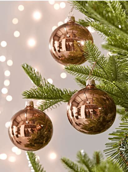christmas tree decorations traditional gold silver