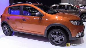Dacia Sandero Automatique 2017 : 2017 dacia sandero stepway exterior and interior walkaround 2017 geneva motor show youtube ~ Maxctalentgroup.com Avis de Voitures