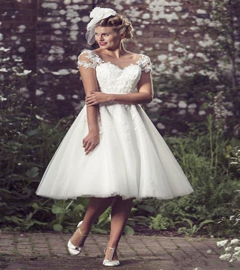 Country Style Wedding Dresses Short In Front Long Back