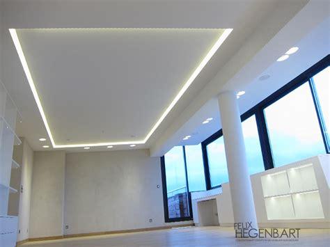 le de plafond pour chambre faux plafond en fermacell avec un cadre en polycarbonate