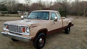 1978 Dodge Power Wagon - 4x4