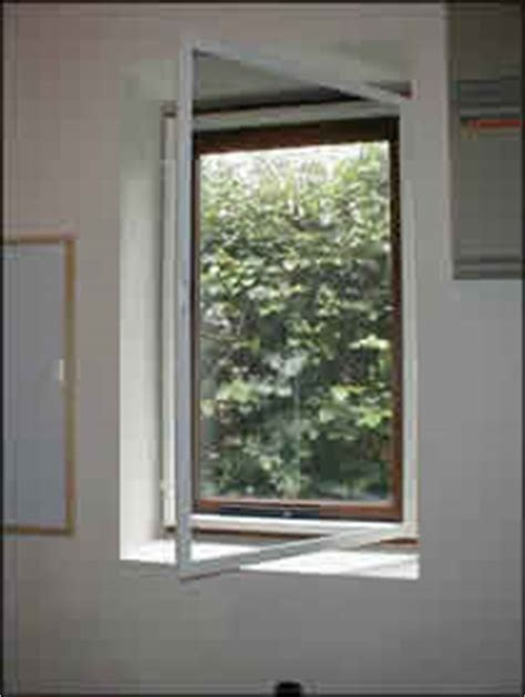 fly screen doors windows proofing  flying insects