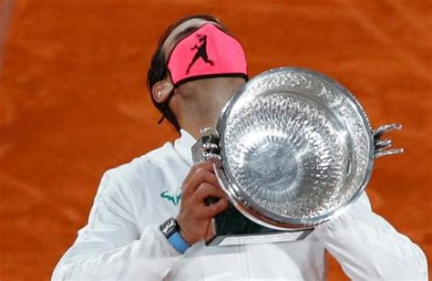 Rafael Nadal wins 13th French Open to equal Federer's ...
