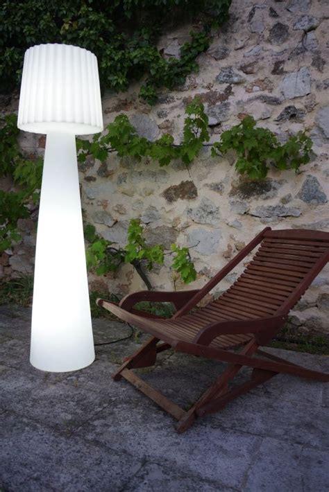 Garten Im Quadrat  Outdoorstehleuchte Lady, Designer