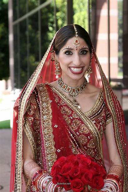 Traditional Indian Bridal India Clothes Dresses Jewelry