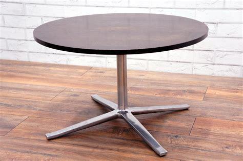 Daniela dark oak 2 drawer coffee table. COFFEE TABLE IN DARK OAK - Office Resale