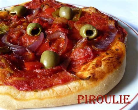 p 226 te 224 pizza maison et sauce tomate au poivron p 226 tisseries et gourmandises
