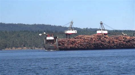 Youtube Tugboat Accidents by Tugboat Towing Huge Log Barge Youtube