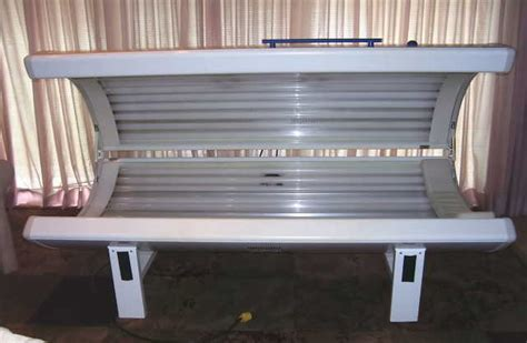 tanning bed dr kern stretch 29 bulbs low hours used