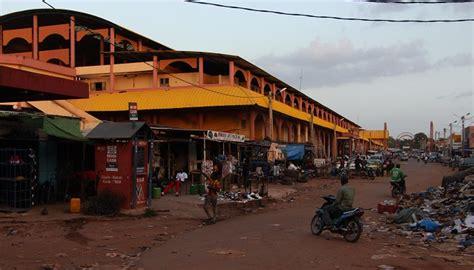 bureau de transfert d argent bamako le braquage d un bureau de transfert d argent aux