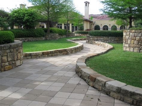 Pavimenti Giardini by La Pavimentazione Per Giardini E Viali