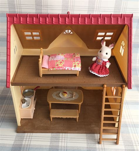 sylvanian families cottage sylvanian families cosy cottage starter home review