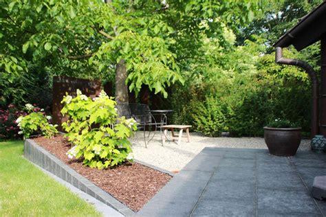 Sitzplatz Garten Kies by Sitzpl 228 Tze Terrassen Strenger Garten Und Landschaftsbau