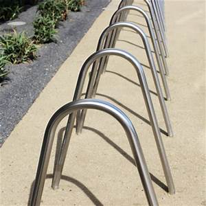 Edge Lighting Bola Bola Bike Rack