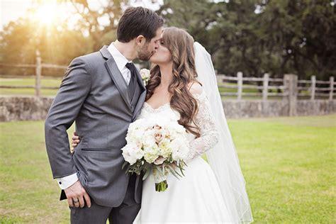 how to take wedding photos 7 wedding photography tips for weddings photography studio photography