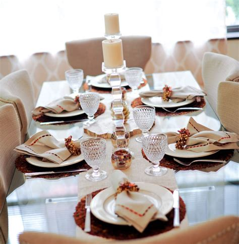 Entertaining New Years Dinner by Host A New Year S Dinner Tablesetting Inspiration