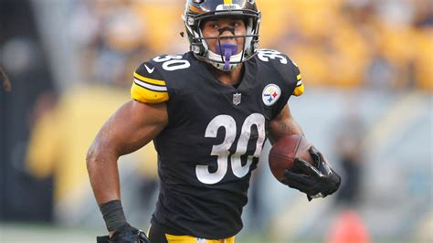 ranking  steelers top running backs  named leveon bell