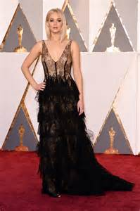 Jennifer Lawrence Goes Braless In Sexy Sheer Gown At The