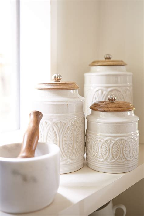 ceramic canisters for kitchen ivory farmhouse canisters sutherlin oregon utensilios