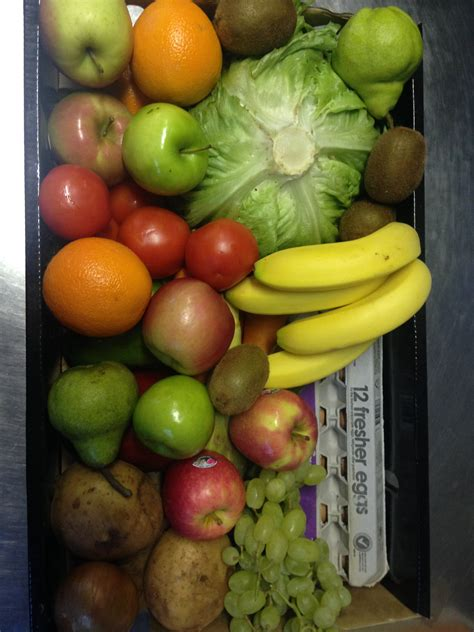 Experience abundant and efficient features fitted in the agro fruit at the lowest prices. Fruit and Vegetable Box $39.00 - Grandma Rosies