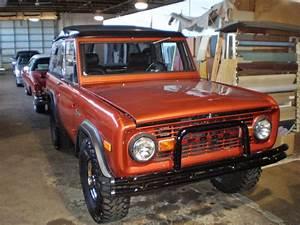 First-Generation Ford Bronco - Seatco - Springfield,VA ,US - #153027
