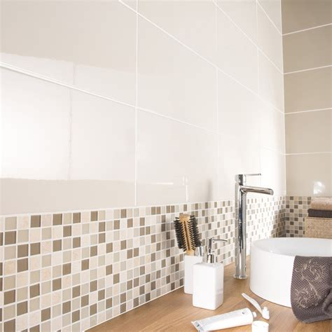 mosaique beige salle de bain best salle de bain taupe et chocolat inspirations avec faience salle de bain chocolat beige des
