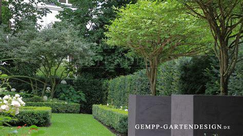 Pflanzen  FormgehÖlze  Gempp Gartendesign